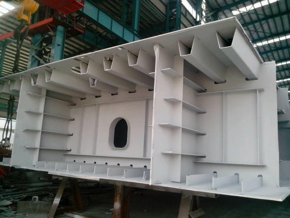 长效双重作用的新型钢结构